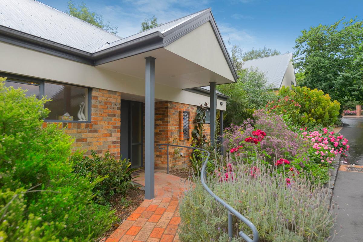 Croydon Aparment - Waratah Villa Unit Exterior